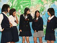 聖徳学園高等学校制服画像