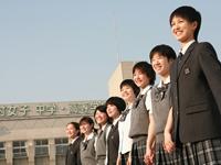 学校特集2010 第18回 女子に人気の制服特集藤村女子中学・高等学校